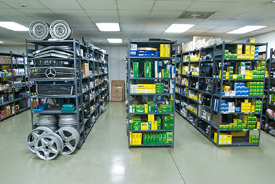 A better wrench parts for Mercedes benz parts warehouse